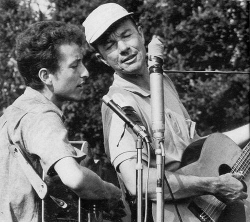 Bod Dylan and Pete Seeger